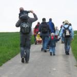 15.05.2010: 1. Wandertag - Weg zum See