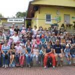 25.06.2017: 7.Wandertag - Gruppe auf dem Sportplatz